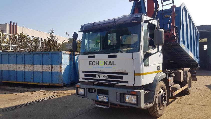 Echokal noleggia cassoni e container
